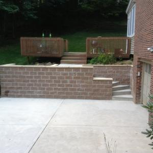 Pittsburgh Concrete Driveway and Retainer Wall